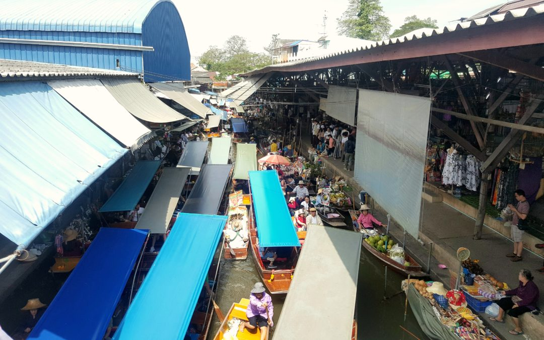 Maeklong Railway market and Damnoen Saduak floating market